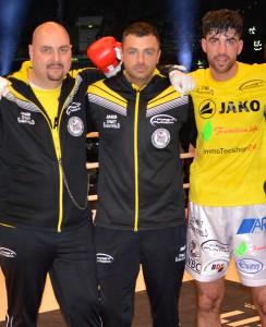 Nach dem Kampf mit Cutman und Jan Christoph (First Punch)