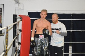 Jann Kulik mit Trainer Sebastian Tlatlik